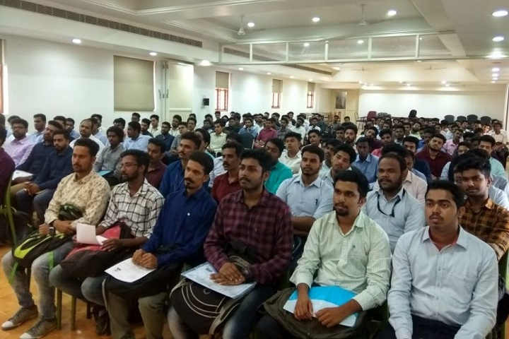 https://cache.careers360.mobi/media/colleges/social-media/media-gallery/2578/2019/3/1/Seminar of Younus College of Engineering and Technology, Kollam_Auditorium.JPG