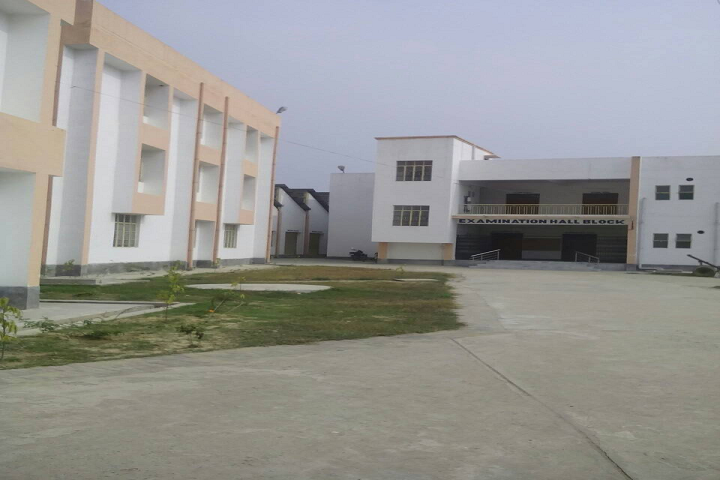 https://cache.careers360.mobi/media/colleges/social-media/media-gallery/25788/2020/2/3/Campus View of Government Polytechnic Madhubani_Campus-View_1.png