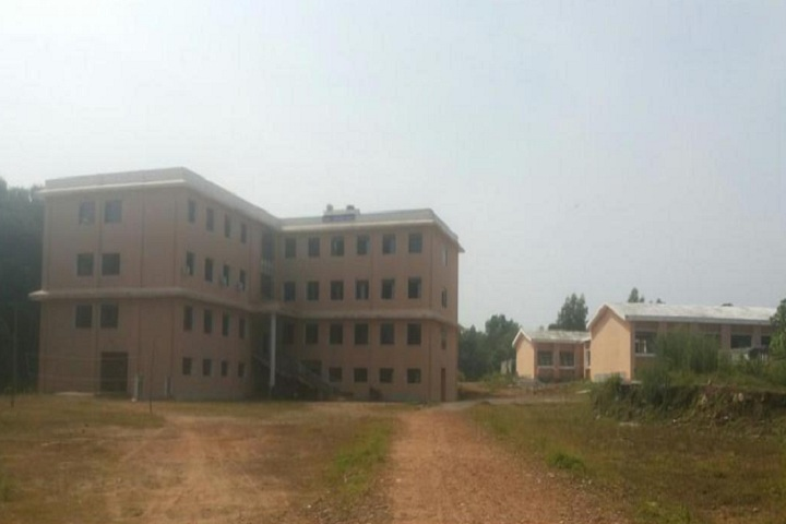 https://cache.careers360.mobi/media/colleges/social-media/media-gallery/25826/2019/10/3/Front view of campus Government Polytechnic Karkala_Campus-View.jpg