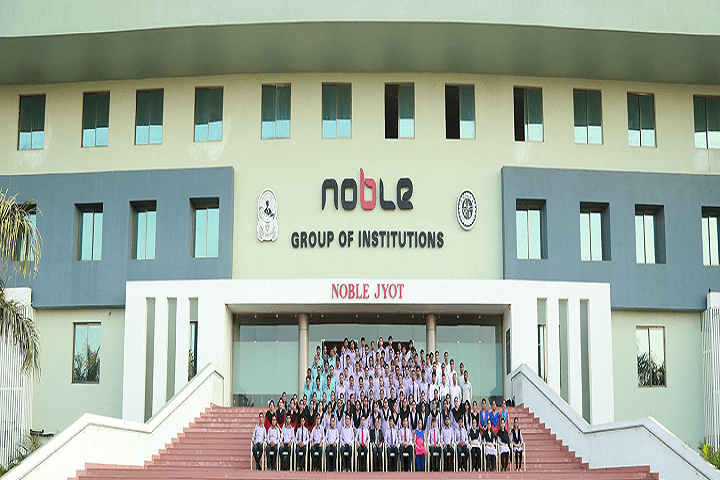 https://cache.careers360.mobi/media/colleges/social-media/media-gallery/25873/2019/10/3/Campus View of Noble Architecture College Junagadh_Campus-View.png