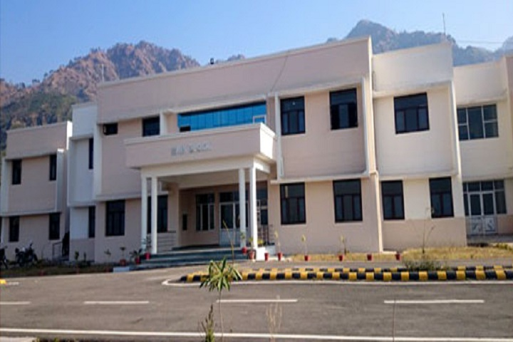 https://cache.careers360.mobi/media/colleges/social-media/media-gallery/25906/2019/9/24/Campus View of Government Polytechnic College Reasi_Campus-View.jpg