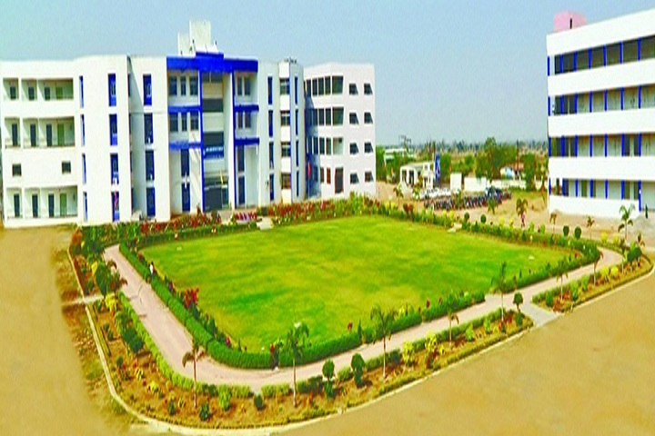 https://cache.careers360.mobi/media/colleges/social-media/media-gallery/25934/2019/9/26/Campus View of LCIT School of Pharmacy Bilaspur_Campus-View.jpg