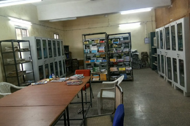 https://cache.careers360.mobi/media/colleges/social-media/media-gallery/25945/2019/9/26/Library of Government Co Ed Polytechnic Raipur_Library.jpg