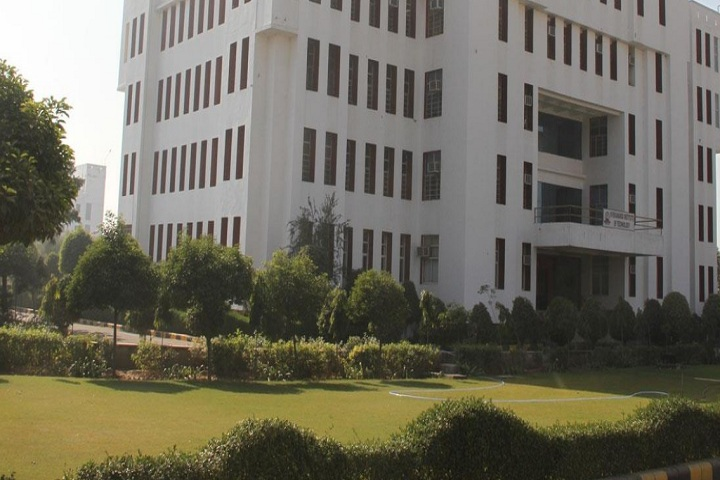 https://cache.careers360.mobi/media/colleges/social-media/media-gallery/2612/2019/3/16/College of Vivekananda Institute of Technology East Jaipur_Campus-view.jpg