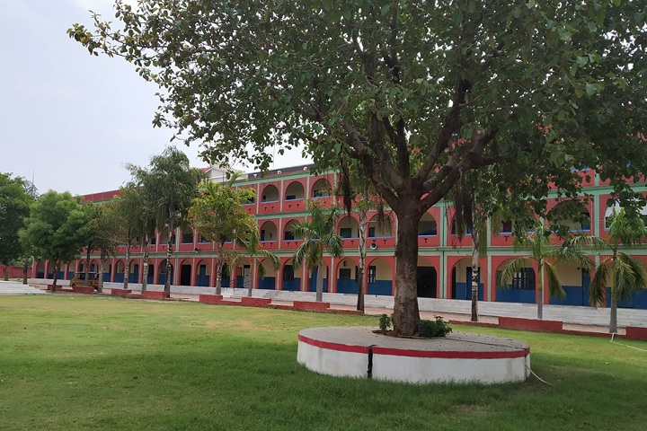 https://cache.careers360.mobi/media/colleges/social-media/media-gallery/26149/2020/2/3/Campus view of Tabish Pharmacy School Sultanpur_Campus-view.jpg