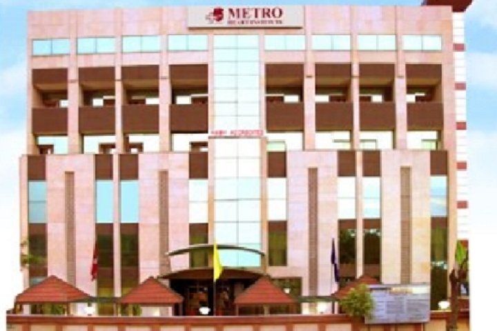 https://cache.careers360.mobi/media/colleges/social-media/media-gallery/26264/2020/2/12/Campus View of Metro College of Health Sciences and Research Greater Noida_Campus-View.png