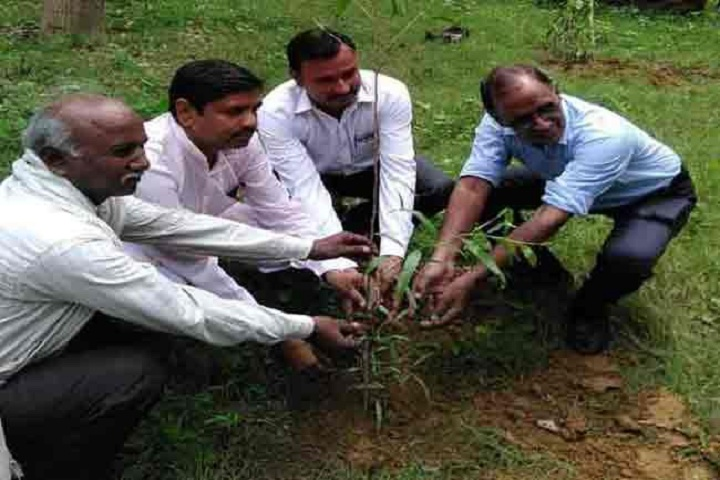 https://cache.careers360.mobi/media/colleges/social-media/media-gallery/26295/2019/11/5/Plantation of Government Polytechnic Etawah_Others.jpg