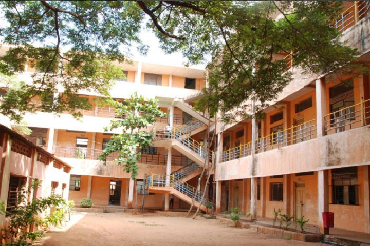 https://cache.careers360.mobi/media/colleges/social-media/media-gallery/26425/2019/10/15/Campus View of TMAES Polytechnic Bellary_Campus View.jpg