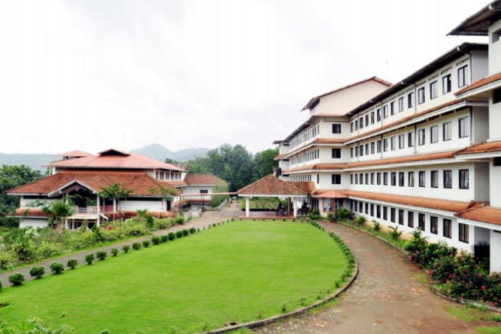 https://cache.careers360.mobi/media/colleges/social-media/media-gallery/2644/2019/2/22/CampusView of Vimal Jyothi Engineering College Kannur_Campus-View.png