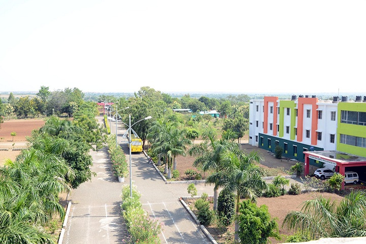 https://cache.careers360.mobi/media/colleges/social-media/media-gallery/26569/2019/10/28/Campus view of Indira Institute of Diploma Engineering Solapur_Campus-View.jpg