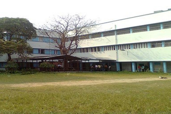 https://cache.careers360.mobi/media/colleges/social-media/media-gallery/26763/2019/10/31/Campus view  of Acharya Prafulla Chandra Ray Polytechnic Kolkata_Campus View.jpg