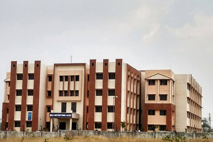 https://cache.careers360.mobi/media/colleges/social-media/media-gallery/26833/2019/11/2/Campus View of Gola Polytechnic College Gola_Campus view.jpg