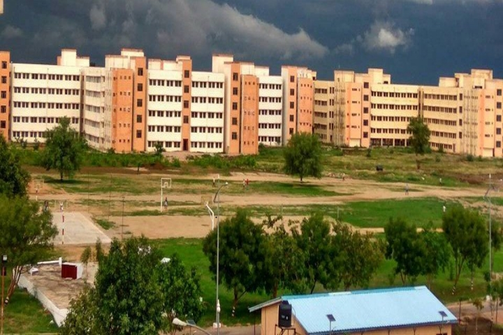 https://cache.careers360.mobi/media/colleges/social-media/media-gallery/27/2019/1/7/Campus View of Rajiv Gandhi University of Knowledge Technologies Basar_Campus-View.jpg