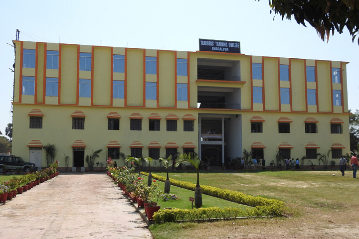 https://cache.careers360.mobi/media/colleges/social-media/media-gallery/27270/2019/12/10/Campus View of Teachers Training College Bhagalpur_Campus-View.png