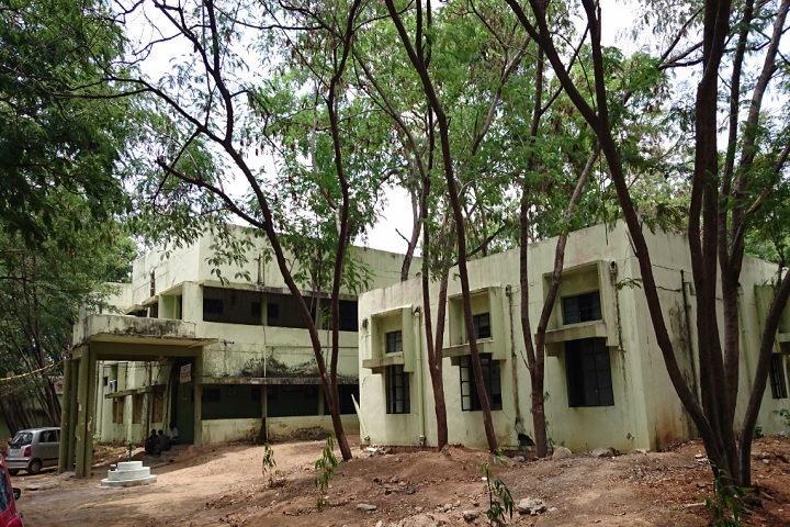 https://cache.careers360.mobi/media/colleges/social-media/media-gallery/27303/2019/11/29/Campus View of AP Government Institute of Leather Technology Hyderabad_Campus-View.jpg