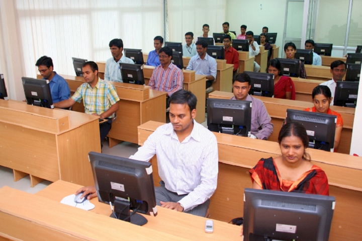 https://cache.careers360.mobi/media/colleges/social-media/media-gallery/27337/2019/11/29/IT Lab of National Institute of Rural Development and Panchayati Raj Rangareddy_IT Lab.png