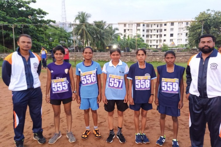 https://cache.careers360.mobi/media/colleges/social-media/media-gallery/27442/2019/12/17/Sports of Prof Ravindra Nikam College of Pharmacy Dhule_Sports.jpg