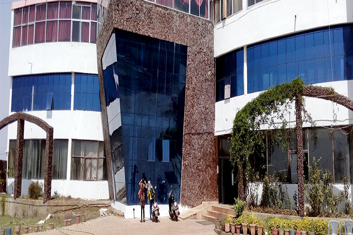 https://cache.careers360.mobi/media/colleges/social-media/media-gallery/27477/2019/12/23/Campus View of Apollo College Durg_Campus-View - Copy_2.png