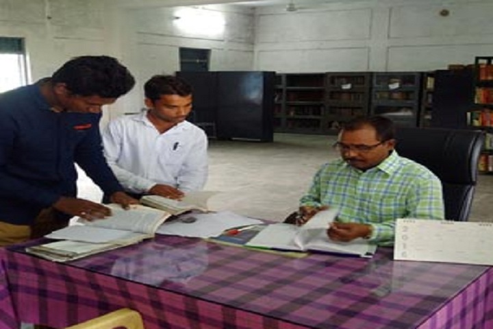 https://cache.careers360.mobi/media/colleges/social-media/media-gallery/27506/2019/12/23/Library of Government MVPG College Mahasamund_Library.jpg