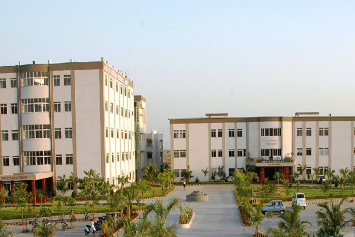 https://cache.careers360.mobi/media/colleges/social-media/media-gallery/27644/2020/2/17/Campus view of Pioneer Nursing College Vadodara_Campus-view.png