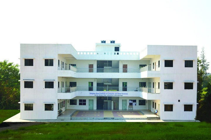 https://cache.careers360.mobi/media/colleges/social-media/media-gallery/27652/2020/2/11/Campus view of Dollyben Desai Institute of Computer and Allied Sciences Palsana_Campus-view.jpg