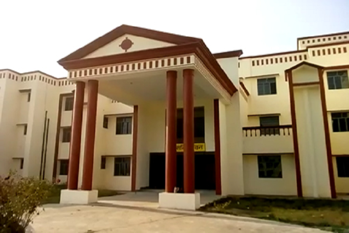 https://cache.careers360.mobi/media/colleges/social-media/media-gallery/27828/2019/12/19/Campus View of Government Polytechnic Roorkee Baheri Bareilly_Campus-View.png