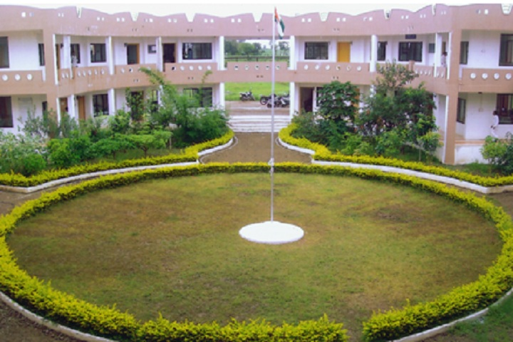 https://cache.careers360.mobi/media/colleges/social-media/media-gallery/27913/2019/12/28/Campus view of Rajarshi Shahu College of Pharmacy Buldana_Campus-View.jpg