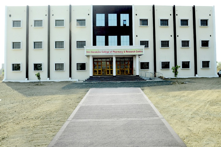 https://cache.careers360.mobi/media/colleges/social-media/media-gallery/27940/2019/12/31/Campus view of Shree Goraksha College of Pharmacy and Research Centre Aurangabad_Campus-view.jpg