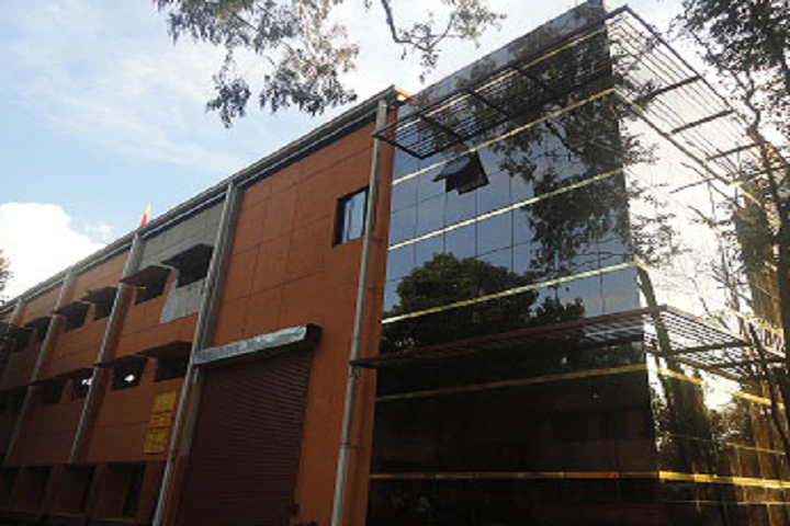 https://cache.careers360.mobi/media/colleges/social-media/media-gallery/28009/2019/12/30/Campus View of Government Tool Room and Training Centre Belgaum_Campus-View.png