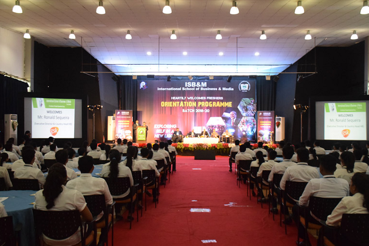 https://cache.careers360.mobi/media/colleges/social-media/media-gallery/28016/2020/2/12/Orientation Programme in Auditorium of International School of Business and Media Bangalore_Auditorium.png