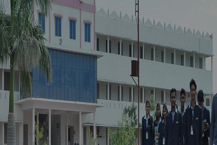 https://cache.careers360.mobi/media/colleges/social-media/media-gallery/2818/2018/9/15/Campus View with  students of Tamizhan College of Engineering and Technology Kanyakumari_Campus-View.png