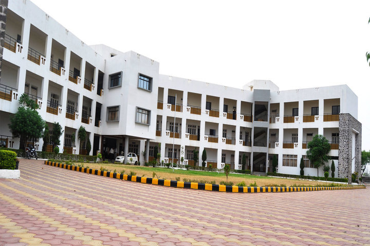 https://cache.careers360.mobi/media/colleges/social-media/media-gallery/2837/2019/2/16/Campus View of VSMs Institute of Technology Belgaum_Campus-View.jpg