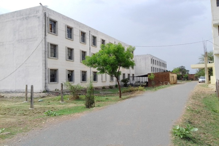 https://cache.careers360.mobi/media/colleges/social-media/media-gallery/28495/2020/2/18/Backside View of Rewa College of Pharmacy Rewa_Campus-View.jpg