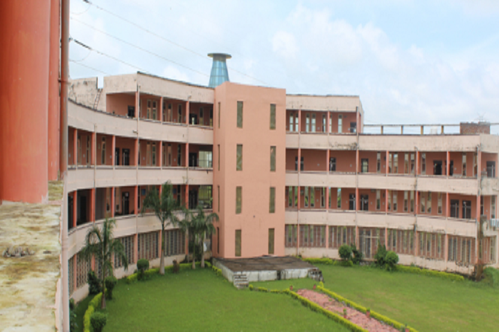 https://cache.careers360.mobi/media/colleges/social-media/media-gallery/28497/2020/1/8/Campus view of Surabhi College of Pharmacy Bhopal_Campus-View.png