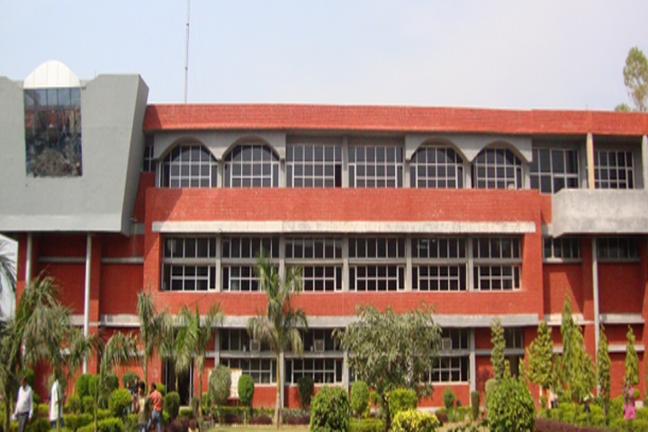 https://cache.careers360.mobi/media/colleges/social-media/media-gallery/2851/2019/3/26/College Buliding View of Swami Parmanand Engineering College Mohali_Campus-View.png