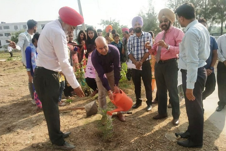 https://cache.careers360.mobi/media/colleges/social-media/media-gallery/28530/2020/1/16/Plantation of Shaheed Udham Singh Polytechnic College Mohali_Others.jpg