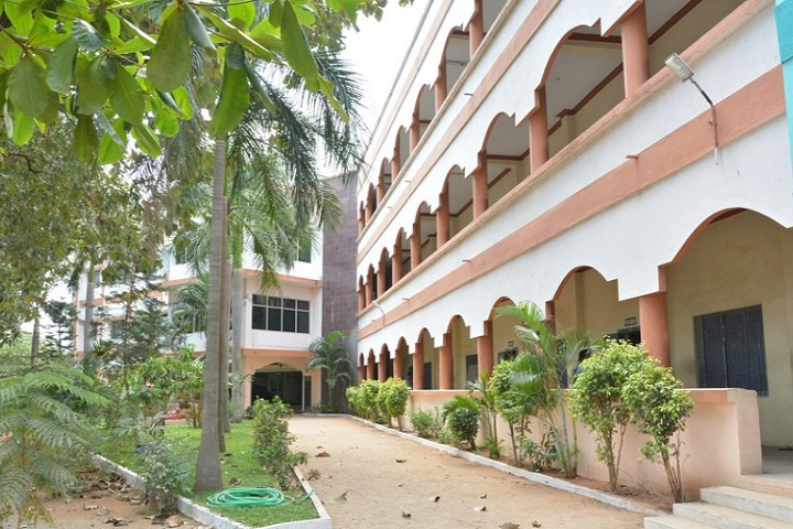 https://cache.careers360.mobi/media/colleges/social-media/media-gallery/28570/2020/1/18/Campus view of Sri Krishna Polytechnic College Arakkonam_Campus-View.jpg