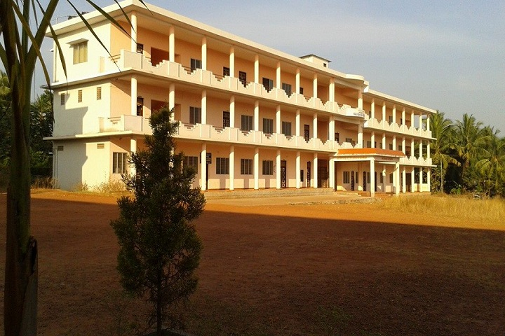 https://cache.careers360.mobi/media/colleges/social-media/media-gallery/28693/2020/2/15/Campus View1 of Government First Grade College and Centre for PG Studies Thenkanidiyur_Campus-View.jpg