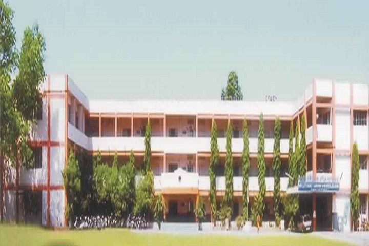 https://cache.careers360.mobi/media/colleges/social-media/media-gallery/28710/2020/8/4/Shri Cloth Market Kanya Vanijya Mahavidyalaya Indore_campus-view.jpg