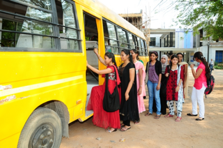 https://cache.careers360.mobi/media/colleges/social-media/media-gallery/2874/2019/2/19/Transport of Sumathi Reddy Institute of Technology for Women Warangal_Transport.jpg