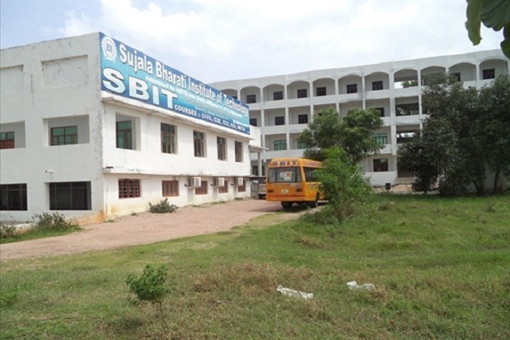 https://cache.careers360.mobi/media/colleges/social-media/media-gallery/2877/2018/9/18/Campus Front view of Sujala Bharati Institute of Technology Warangal_Campus-View.jpg