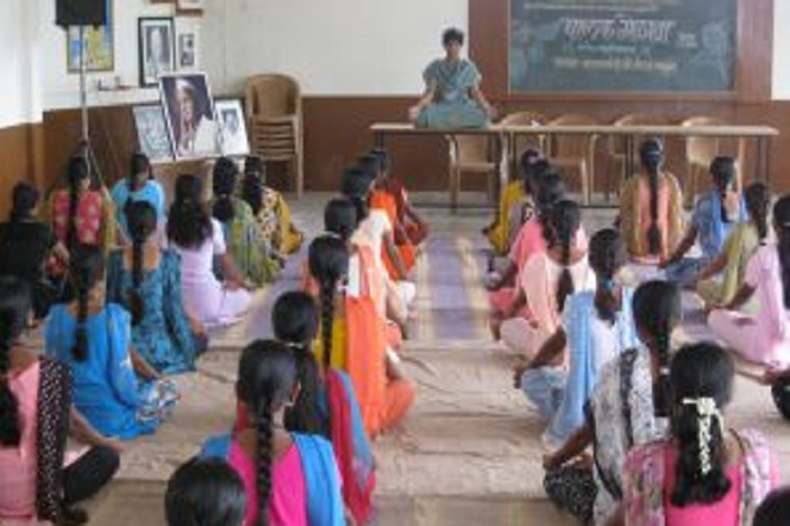 https://cache.careers360.mobi/media/colleges/social-media/media-gallery/28770/2020/2/17/Yoga of Smt Akkatai Ramgonda Patil Kanya Mahavidyalaya Ichalkaranji_Others.jpg