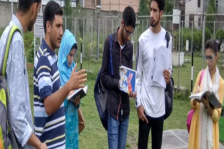 https://cache.careers360.mobi/media/colleges/social-media/media-gallery/28860/2020/5/15/Group Images of Government Degree College Baghi Dilawar Khan Srinagar_Others.png