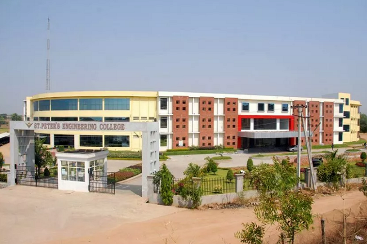 https://cache.careers360.mobi/media/colleges/social-media/media-gallery/2892/2019/3/26/Campus view of St Peters Engineering College Hyderabad_Campus-view.JPG