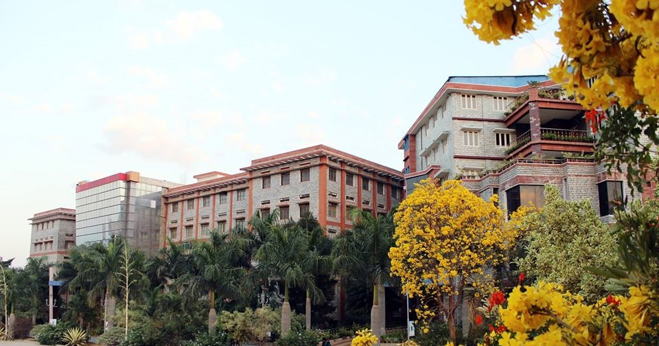 https://cache.careers360.mobi/media/colleges/social-media/media-gallery/28948/2020/6/20/Campus View of Kristu Jayanti College of Law Bengaluru_Campus-view.jpg