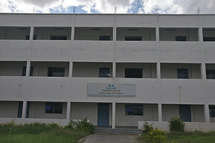 https://cache.careers360.mobi/media/colleges/social-media/media-gallery/2895/2019/3/15/College front view of St Mark Educational Institution Society Group of Institution Anantapur_Campus-View.png