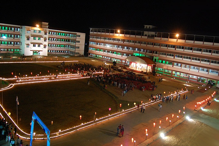 https://cache.careers360.mobi/media/colleges/social-media/media-gallery/2928/2018/10/22/Campus view of Srinivas Institute of Technology Mangalore_Campus-View.jpg