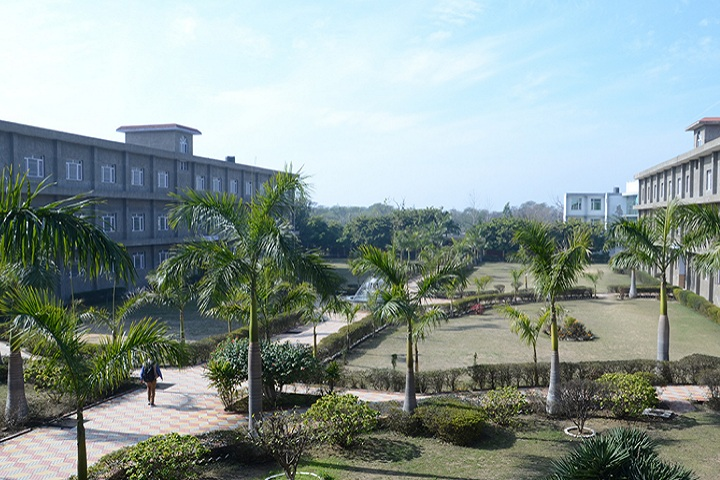 https://cache.careers360.mobi/media/colleges/social-media/media-gallery/2947/2020/9/10/Campus View of Sri Sukhmani Institute of Engineering and Technology Dera Bassi_Campus-View.jpg