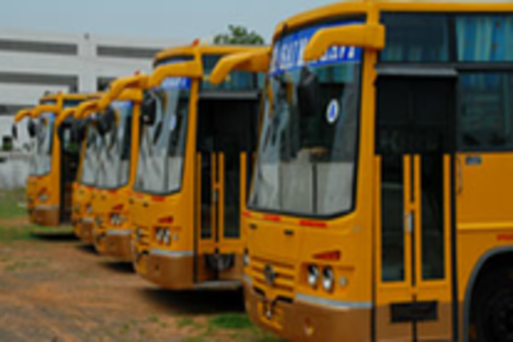 https://cache.careers360.mobi/media/colleges/social-media/media-gallery/2960/2019/1/11/Transport of Sri Sai Madhavi Institute of Science and Technology Mallampudi_Transport.png