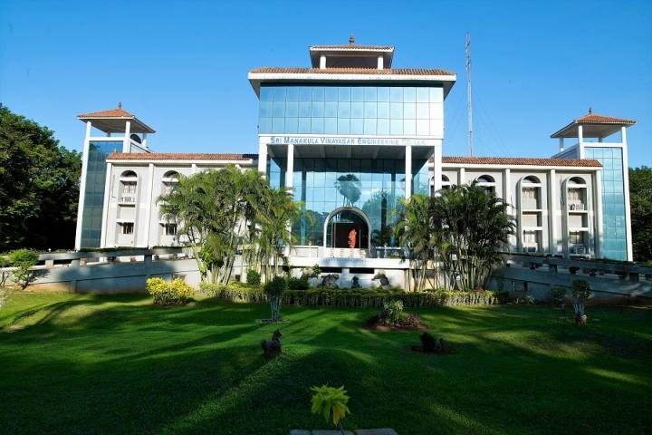 https://cache.careers360.mobi/media/colleges/social-media/media-gallery/2985/2018/8/6/Sri-Manakula-Vinayagar-Engineering-College-Puducherry1.jpg